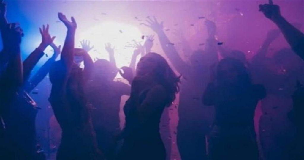 Σάλος στην Πάτρα με καρναβαλικό κορωνοπάρτι 200 ατόμων: «Ποτάρες» και βροχή από stories στο instagram (Video)