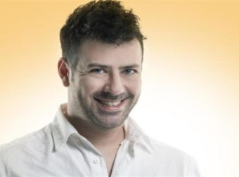 Πέτρος Μπουσουλόπουλος: «Δεν εγκατέλειψα την Αθήνα για τον Πέτρο Φιλιππίδη»