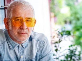 Συνεχίζει κανονικά: Η μοναδική σειρά με τον Πέτρο Φιλιππίδη που δεν κόβεται από τις επαναλήψεις