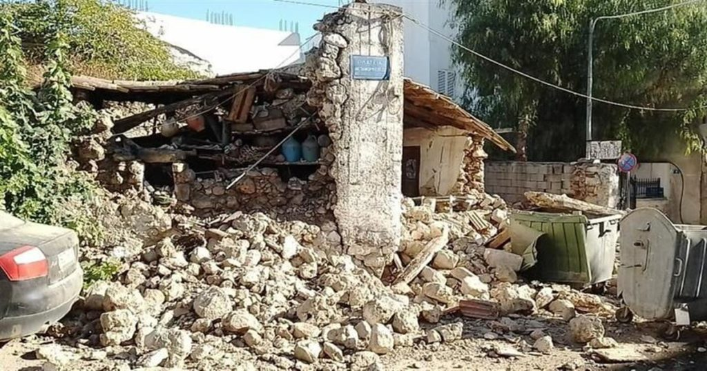 Σεισμός στην Κρήτη – Εγκλωβισμένοι σε εκκλησία στο Αρκαλοχώρι
